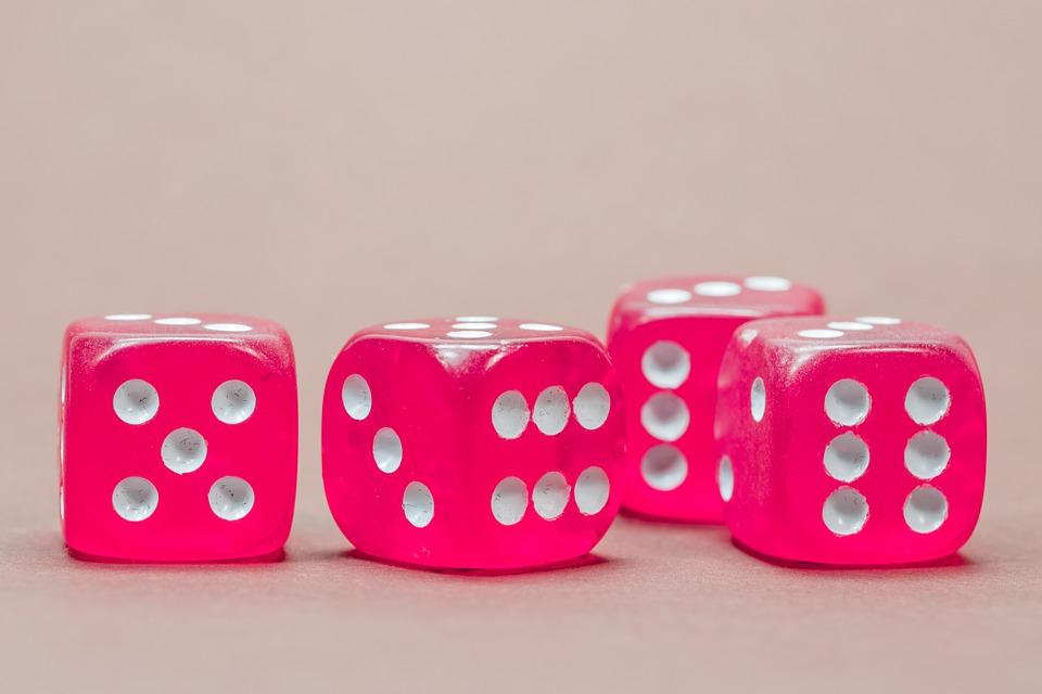 cube 568192 960 720 - オンライン展覧会